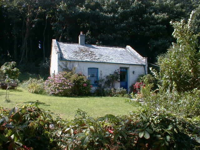 Looe Island: Smugglers Cottage